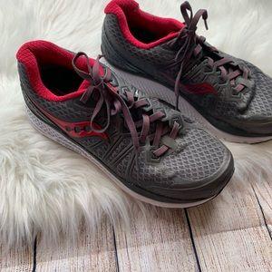 Saucony • Size 8.5 Echelon 6 Sneakers